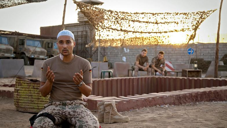 Les FAR et le Cinema / Moroccan Armed Forces in Movies Auslan10