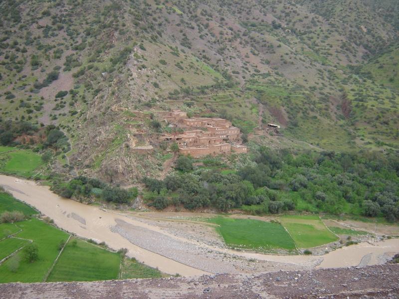Azenal - Tachokchte - Askaoun : route ou piste ? Vers_a10