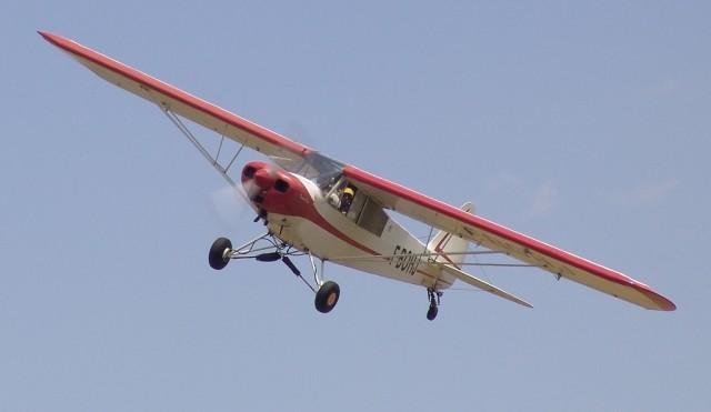 Vélo pliant et avion Pa18_e10