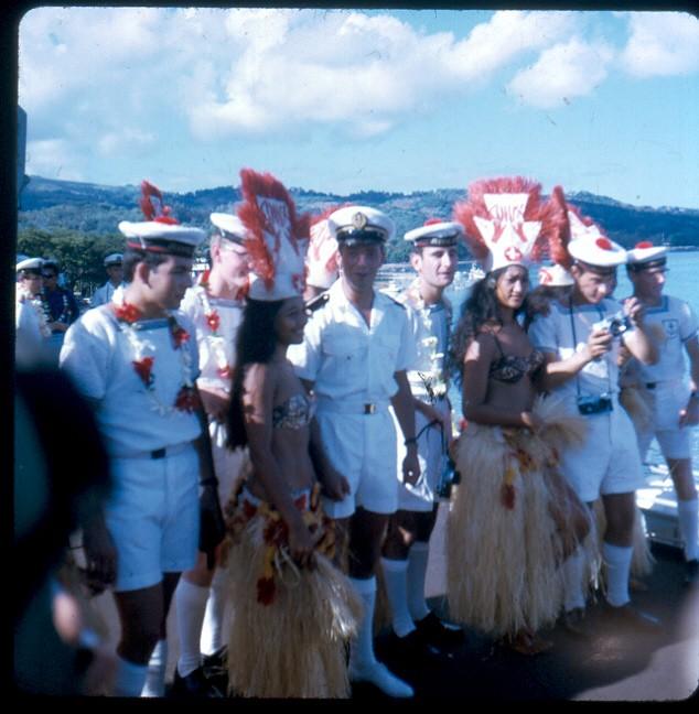 [Campagne C.E.P.] Tahiti en 1968 Vahine10