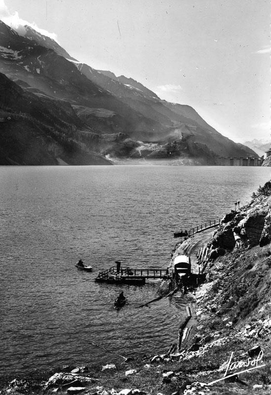 [Tignes] Le barrage de Tignes et les aménagements liés - Page 3 Debarc10