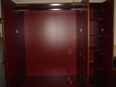 Donne armoire 3 portes HABITAT Armoir11