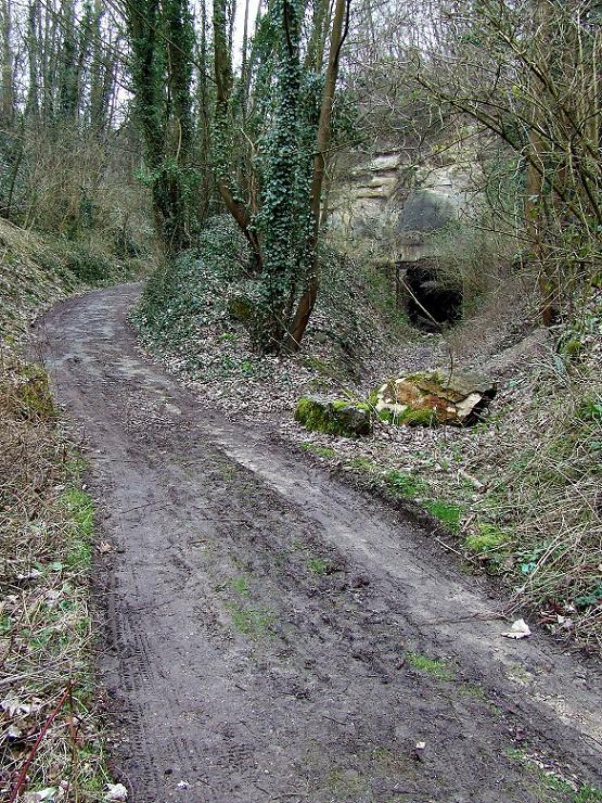 Stockage V2 et gare souterraine de de Méry sur Oise (95) Dscf8010
