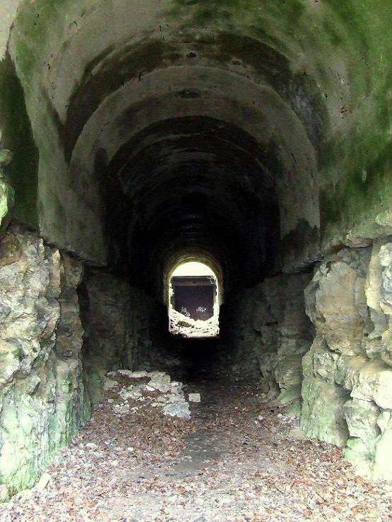 Stockage V2 et gare souterraine de de Méry sur Oise (95) Dscf8013