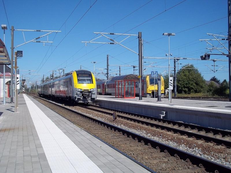 Photos de la gare de Bertrix - SNCB - 2012 // Bahnhof Bertrix // 100_3523