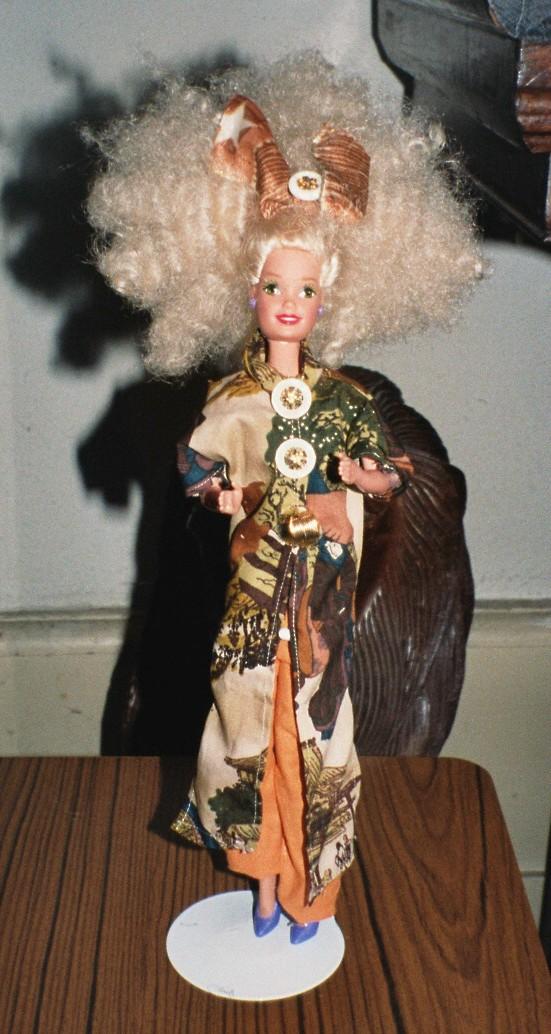 relookage de 2 Barbies achetées au marché aux puces Costum17