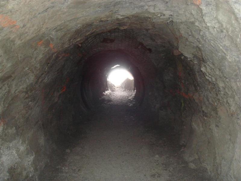 [EK]TK 3000 et piste du Tunnel - Page 2 Dsc06018
