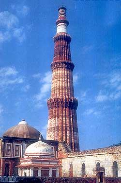 Les mosquées du monde. Qutb-m10