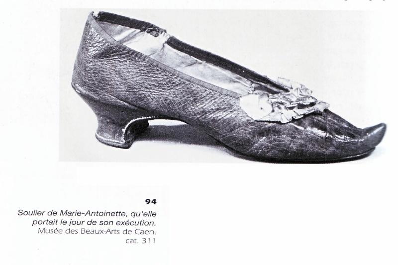 Les souliers et chaussures de Marie-Antoinette  Machau11