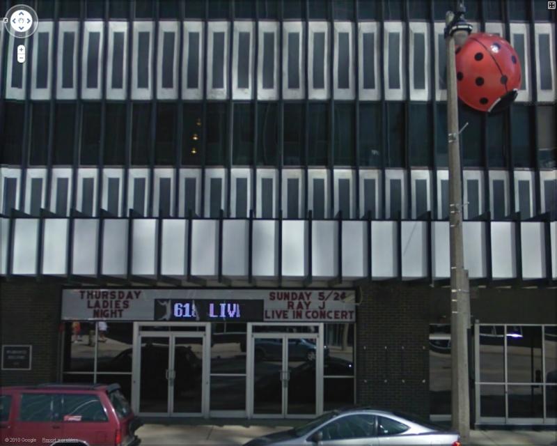 STREET VIEW : Cabarets et salles de spectacles 61810