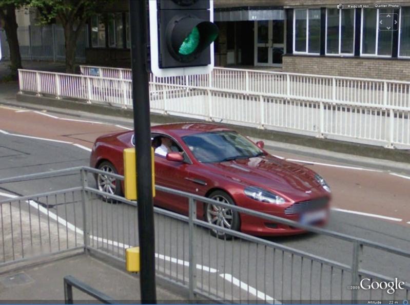 STREET VIEW : belles voitures (Monde) - Page 14 Aston10