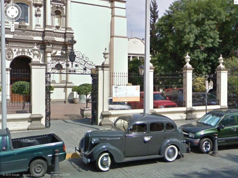 STREET VIEW : belles voitures (Monde) - Page 34 Dodge10