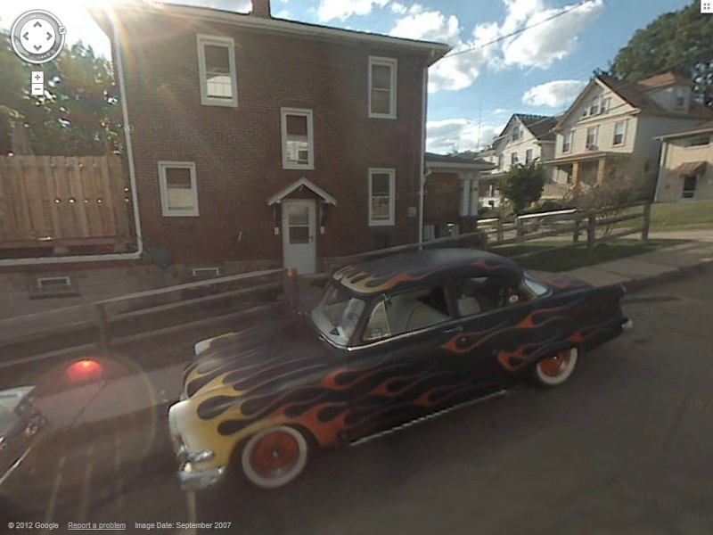 STREET VIEW : belles voitures (Monde) - Page 34 Ford14