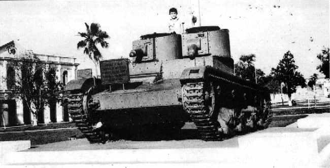 Vehiculos y Tanques capturados por los Alemanes Vicker11