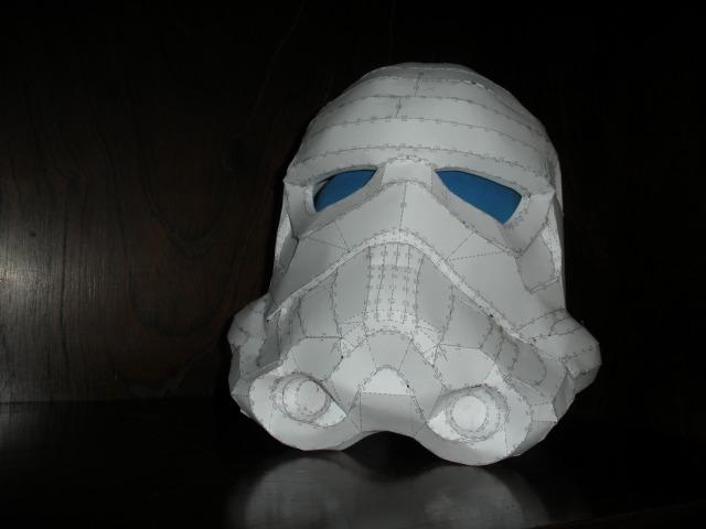 recherche papercraft stormtrooper Dscn4310