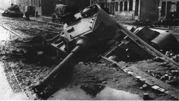 peinture - (panzer-model) Tiger II 1/48e Tamiya - Page 3 Tygrys10