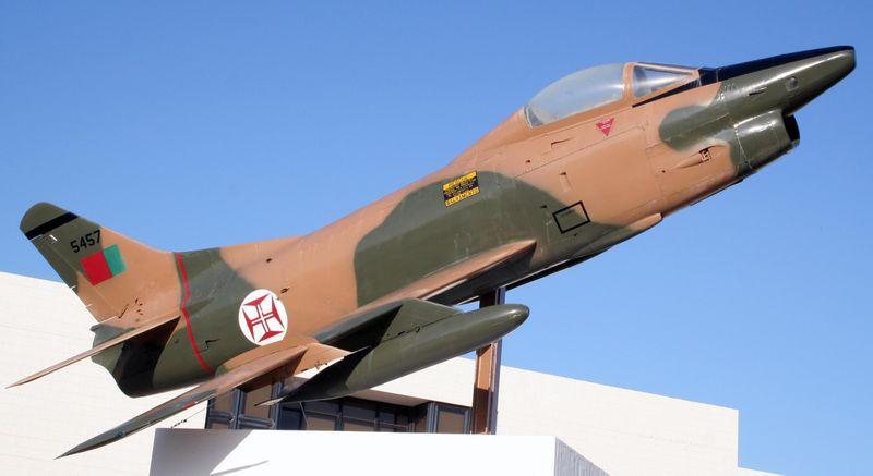 Topic des bases de l'armée de l'air/US air force etc... - Page 38 Fiat_g10
