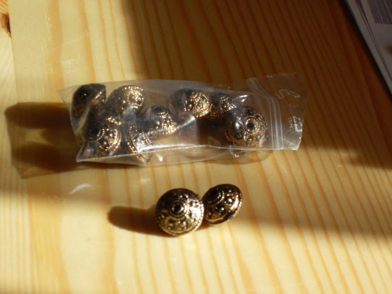 j'ai commencé à faire le tri dans mes perles lol Sdc14110