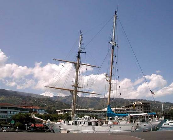PORT DE PAPEETE Tahiti11