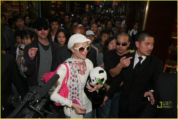 *En Shangai, China (CAndids)* Paris-12