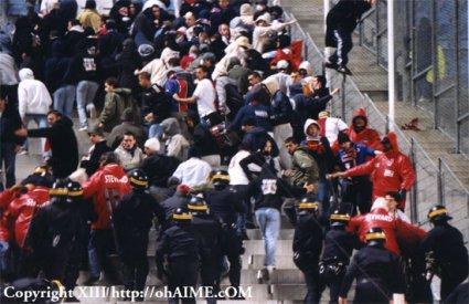 Les ultras et la police - Page 2 0414p210