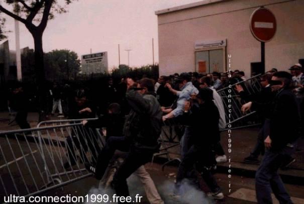 Les ultras et la police - Page 2 Image016