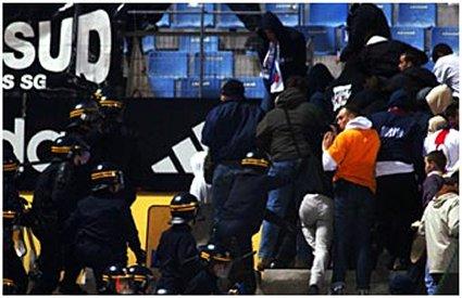 Les ultras et la police - Page 2 Photo_10