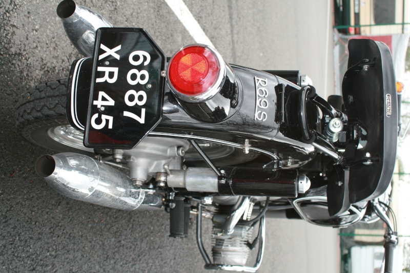 C'est ici qu'on met les bien molles....BMW Café Racer - Page 4 Img_0512