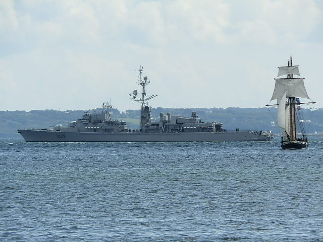 [Les ports militaires de métropole] Port de Brest - TOME 1 - Page 38 P7290217
