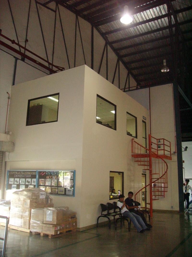 APC Central Warehouse Mezzanine Office Pict0011