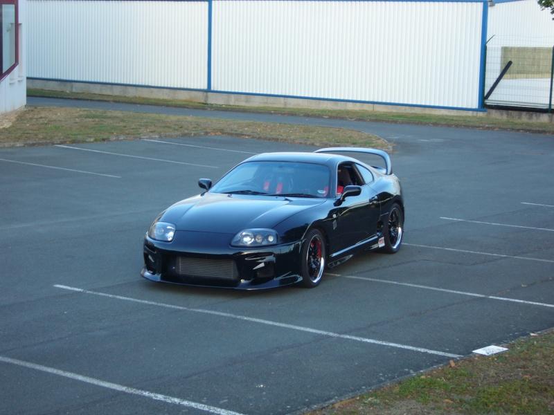 c'est pas une VW mais c'est ma voiture de piste P1040011