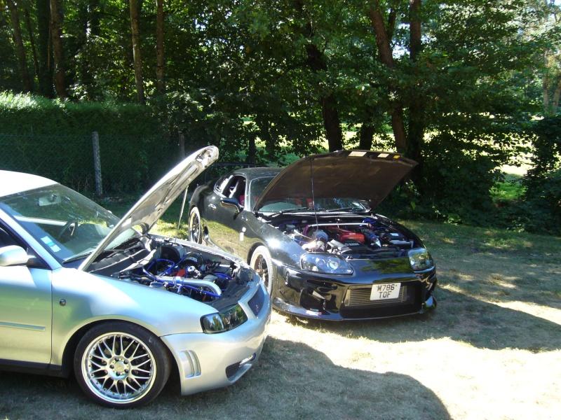 c'est pas une VW mais c'est ma voiture de piste P1040015