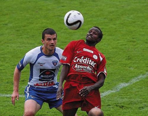 [5 ème journée de CFA] : FC  Mulhouse / Besançon - Page 2 Frossa10