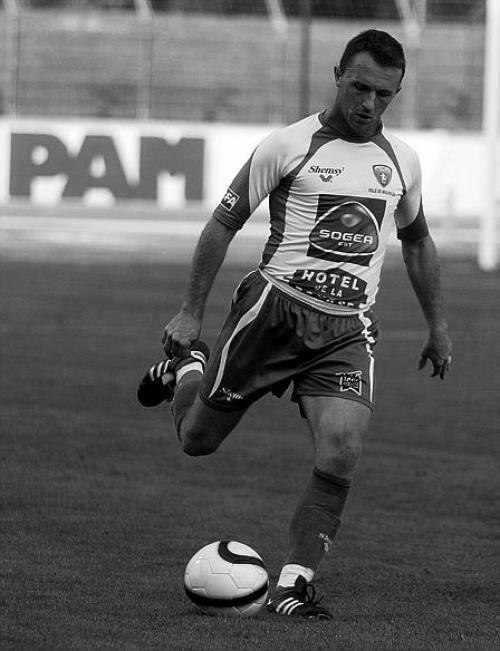 [4 ème journée de CFA] Vesoul / FC Mulhouse - Page 3 Is000410