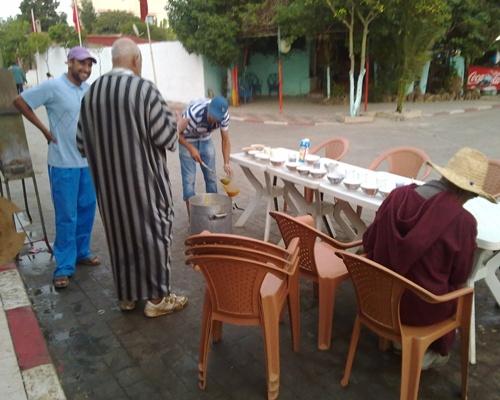 """جمعية المنار بحد الغربية تسهر على تنفيذ برنامج """"إفطار عابر سبيل"""" الذي تنظمه كل سنة في شهر رمضان 14082018"""