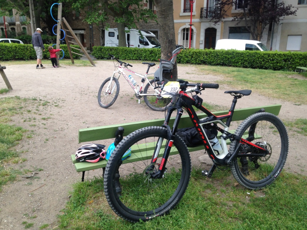 VENDS (donne) SPECIALIZED ENDURO S-WORKS 29 pouces modele 2015 Img_8210