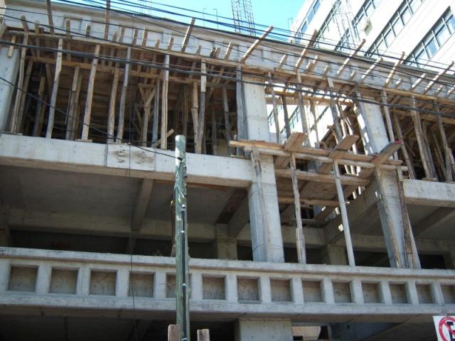 APOSTEMOS AL SECTOR DE LA CONSTRUCCIÓN 100_0610