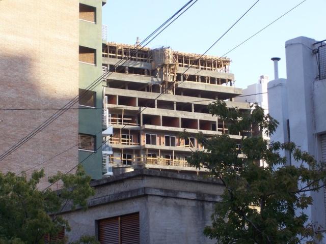 APOSTEMOS AL SECTOR DE LA CONSTRUCCIÓN Arquit11