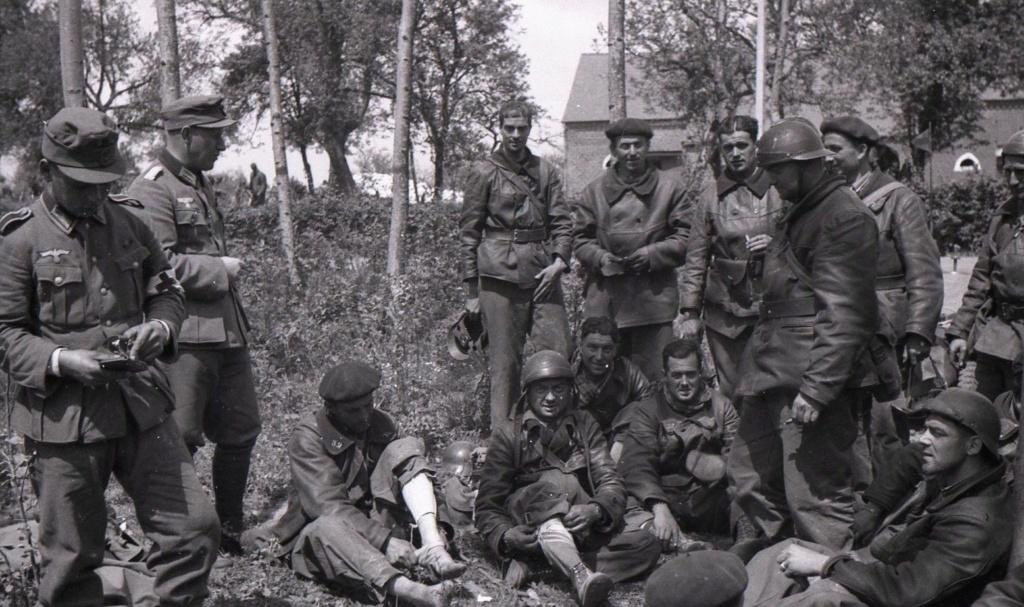 Prisonniers du 32e BCC à Saint-Michel en Thiérache French10