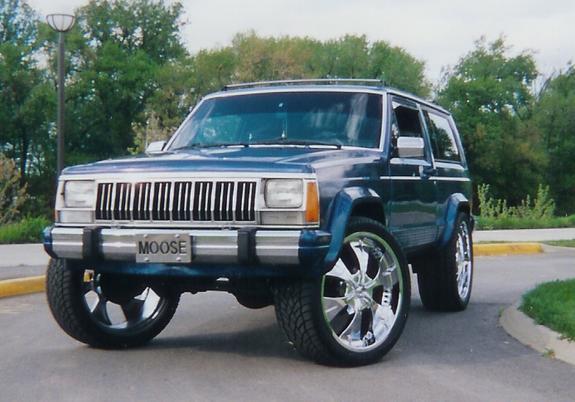 Mon TRX4 sur carrosserie Jeep Cherokee XJ 90's 50743610