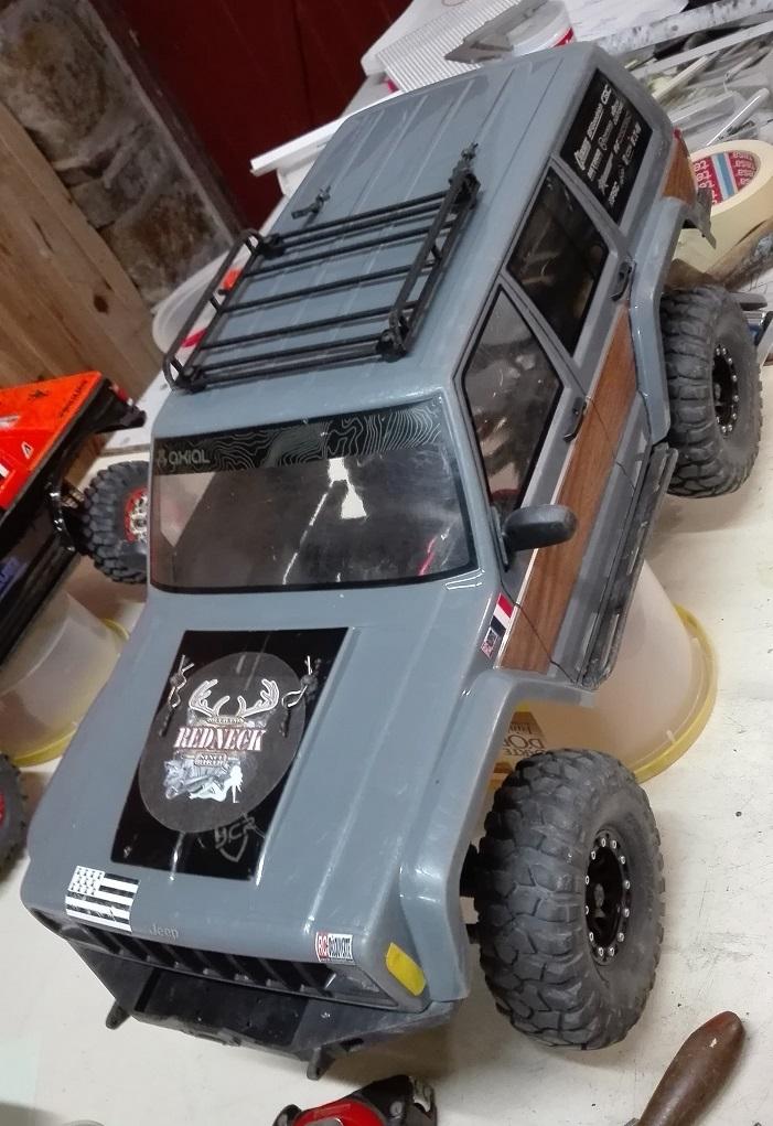 Mon TRX4 sur carrosserie Jeep Cherokee XJ 90's - Page 5 Galeri11