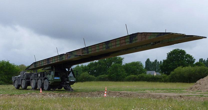 Pont articulé  Le-spr10