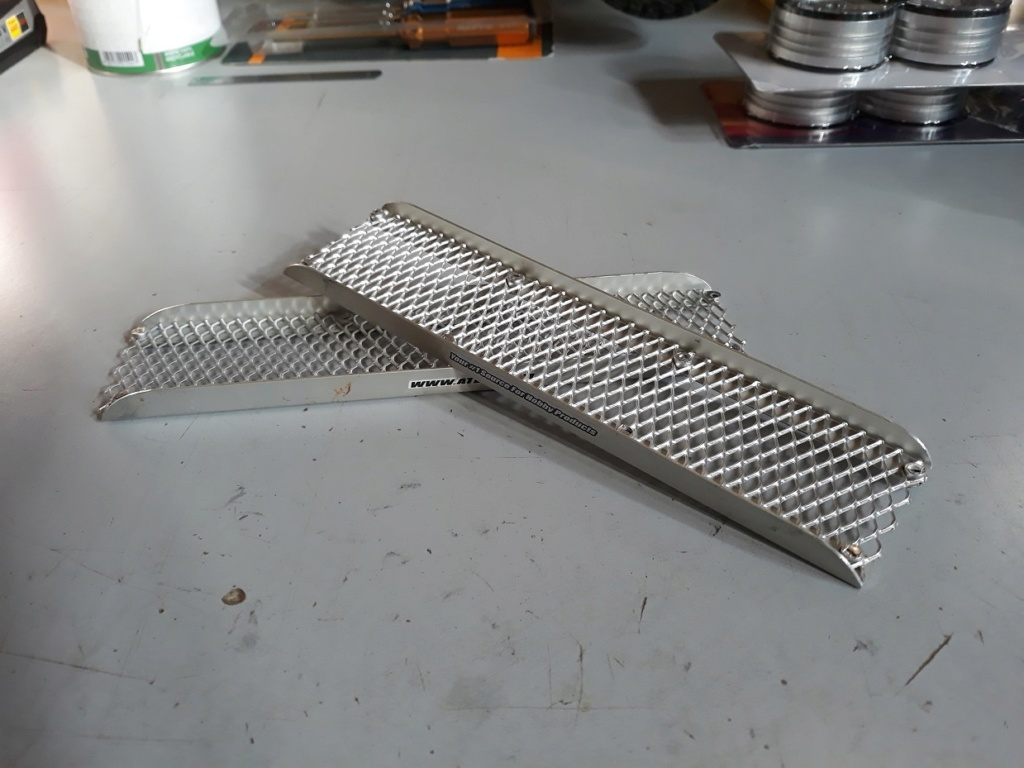 Accessoires Hand Made pour Scale et Crawler Rampes10