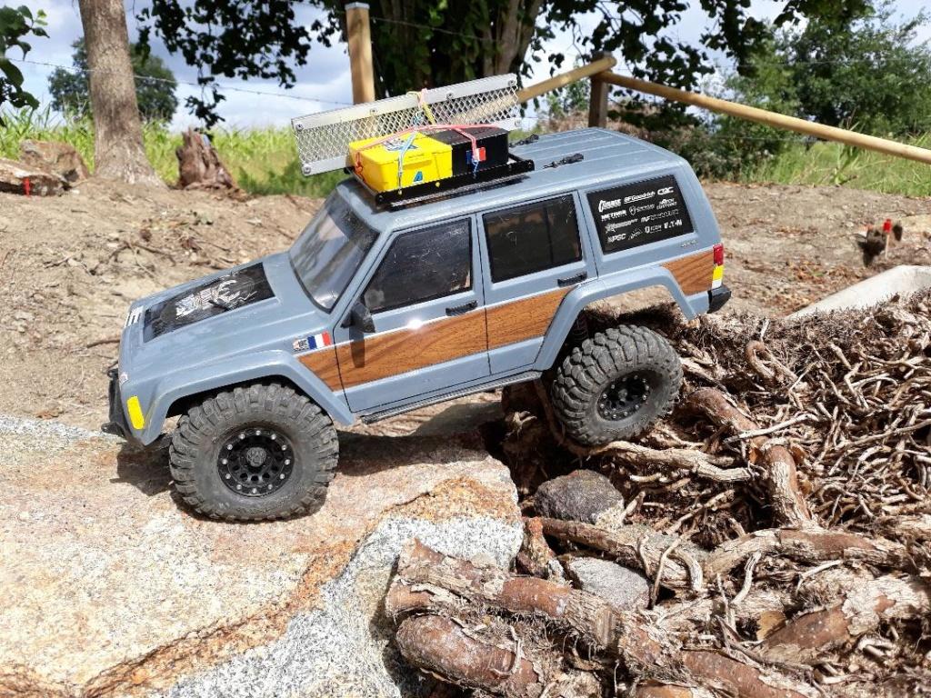 Mon TRX4 sur carrosserie Jeep Cherokee XJ 90's - Page 2 Scx_sp12
