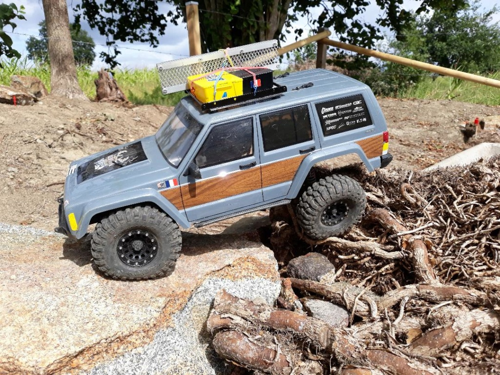 Mon TRX4 sur carrosserie Jeep Cherokee XJ 90's - Page 2 Scx_sp13