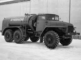 Camion Ural 4320 6x6 par Chichi - Page 2 Ural_c10