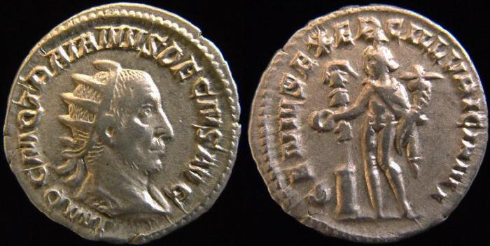 Trajan Dèce Trajan10