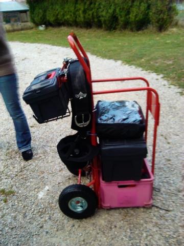 Trucs et Astuces : Un chariot porte-selle ou porte-harnais ?  Img_2010