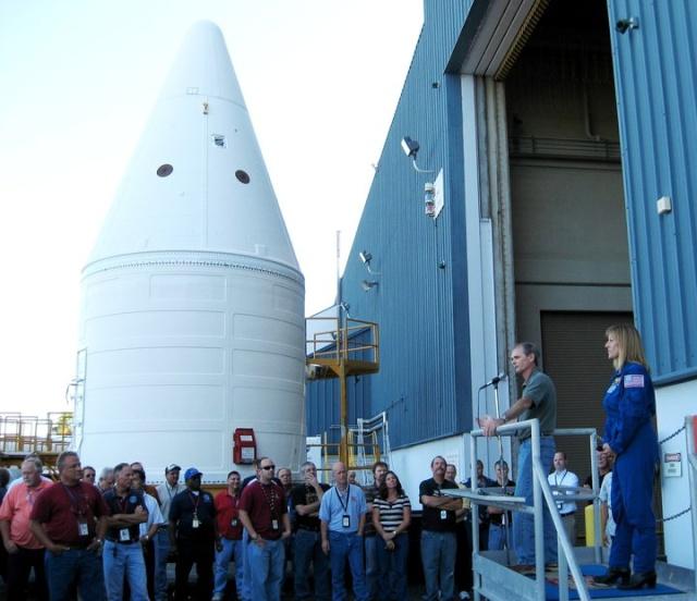[STS-134] Endeavour : Préparatifs lancement le 29/04/2011 - Page 4 Dsdsds10