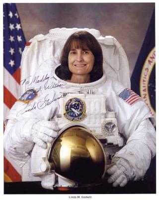 Linda Godwin et Scott Altman quittent la NASA Godwin10